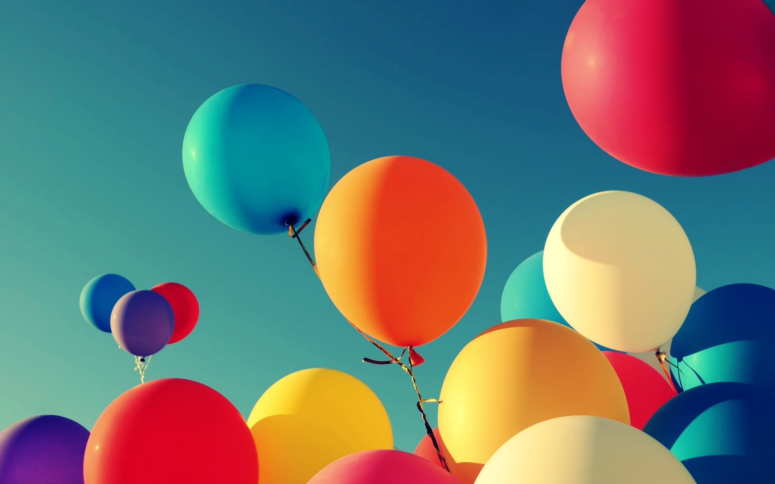 Colorful-Balloon-Wallpaper